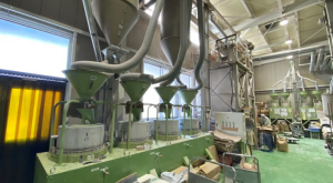 『高山製粉』粉一筋に百余年! 諏訪の蕎麦粉工場に潜入!(諏訪市)