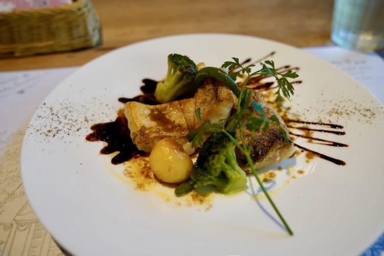 『八ヶ岳カントリーキッチン レストラン』絵本の中みたいな空間で、素敵なお料理を堪能(富士見町)
