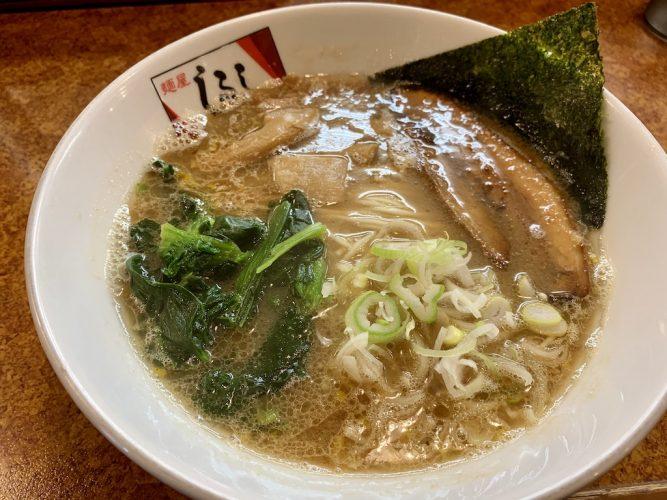 『麺屋しるし』濃厚豚骨スープがたまらん!! ミスチルを聞きながら食べる絶品ラーメン(諏訪市)