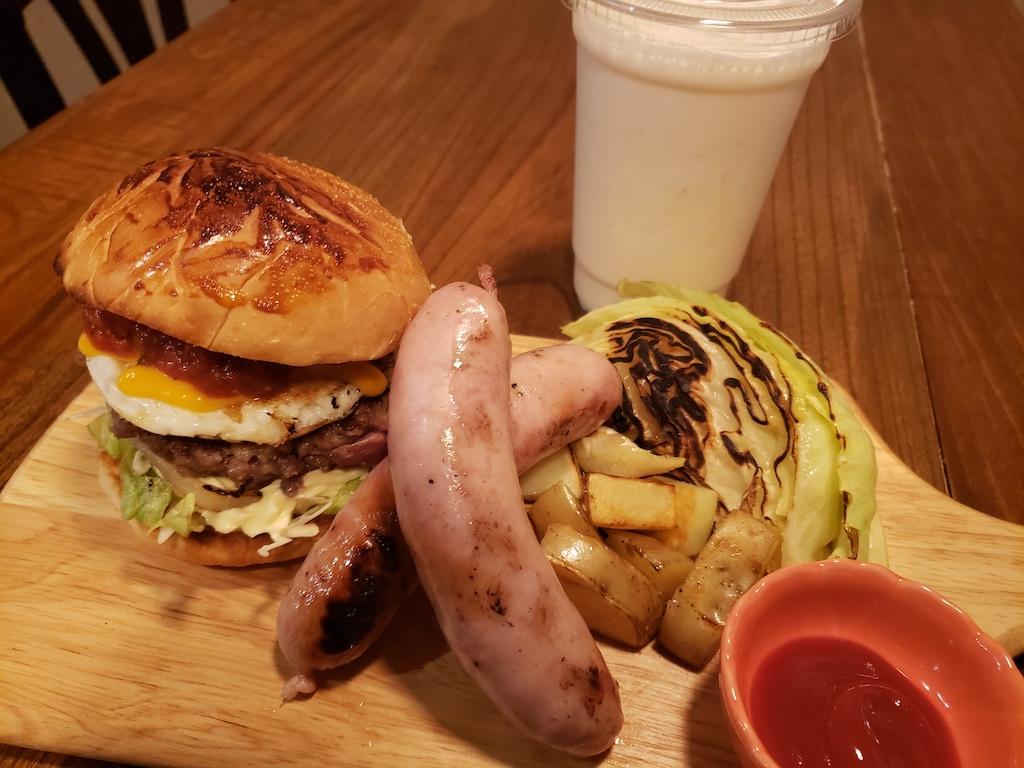 MyBACKYARDのハンバーガーセット